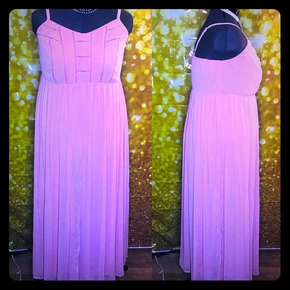 70e8a10d863 Torrid blush pleat   eyelet chiffon maxi dress. M 5bf61cf8de6f6209996221ef